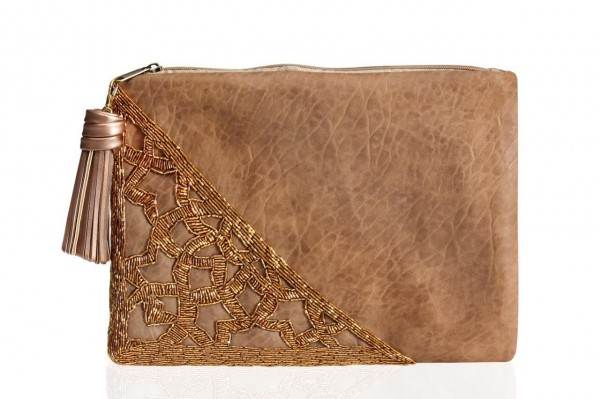 0002304 brown leather clutch with gold beads