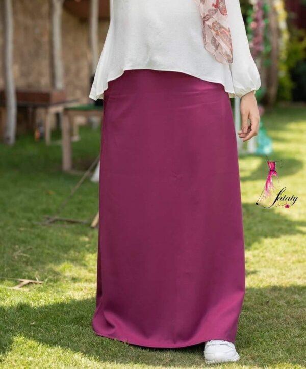Basic Skirt (Maroon)