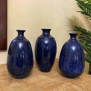 Amazing dark blue vases
