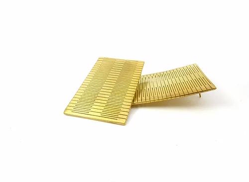 Liquify rectangle earring