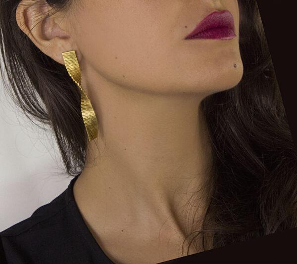 Liquify tall Earring 2