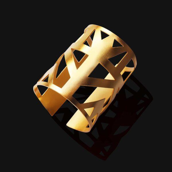 Lotus bracelet matt gold plated 18ks scaled