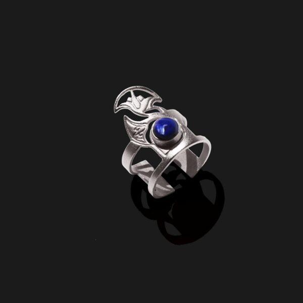lotus ring with lapislazuli stone matt platinum plated scaled
