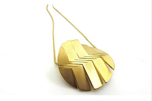 lq circle necklace