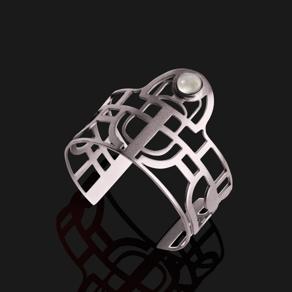 scarab bracelet with stone matt platinum plated