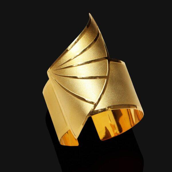 wing of horus bracelet mix shiny matt gold 18ks scaled
